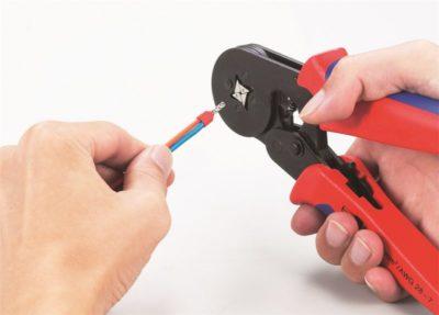 Как обжать два провода