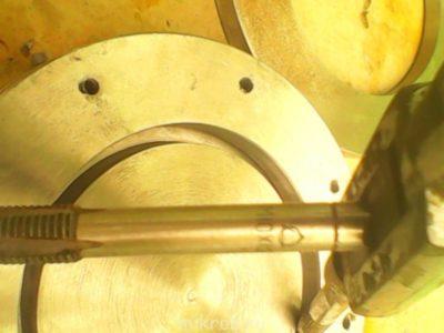 Как нарезать внешнюю резьбу на трубе