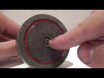 Как разъединить два магнита